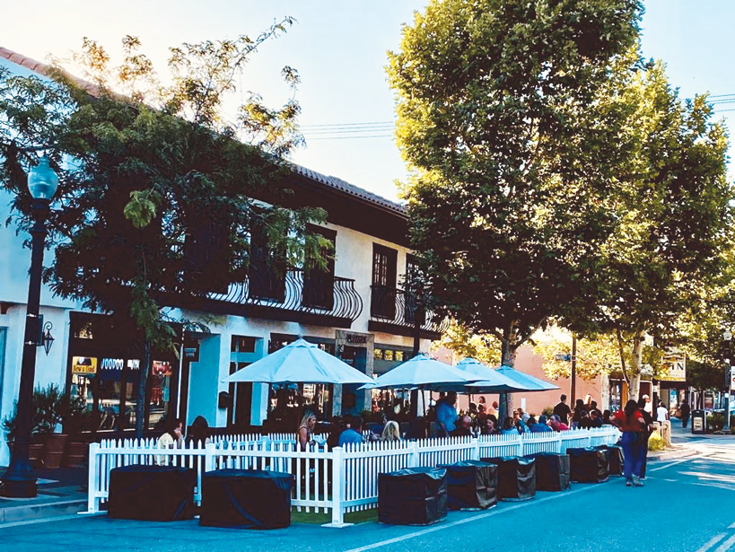 Shop Local and Eat Local Outdoors The City of Santa Clarita is Helping Businesses Expand Outdoors to Continue Safely Serving Patrons During the COVID-19 Pandemic