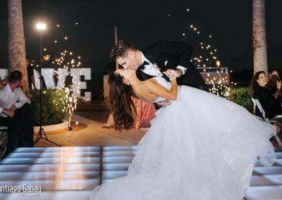 COM-WeddingPhotoContest-p1