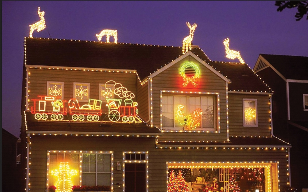 'Tis the Season for SCV's Holiday Lights