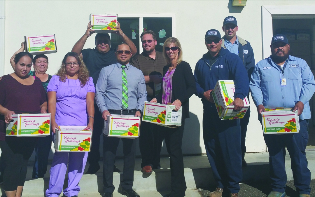 Community Partnership Brings Turkeys to Those In Need