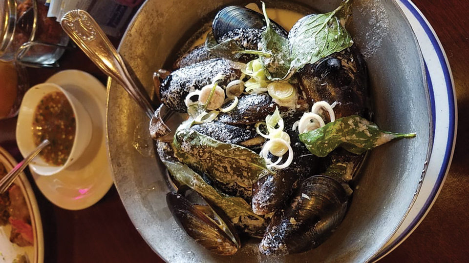 Steamed Mussels at Mom Can Cook Thai Kitchen